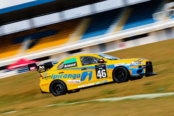 Bruno Mesquita lidera na Lancer RS - Tom Papp